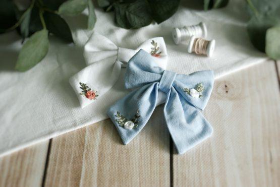 kokardka do włosów handmade Pierwsza Komunia Święta dla dziewczynki sesja foto
